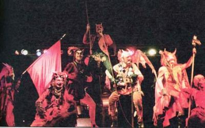 20091113095001-els-comediants.-1981.-dimonis.-foto-cuadernos-el-publico-n.27.jpg