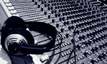 20130806104657-radio.jpg